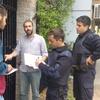 Logo Sólo el PRO puede timbrear: En Vicente López la policía intentó impedírselo al concejal Joaquín Noya