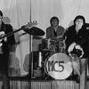 """Logo ROCK DEL GARAGE - HOY LOS """"MC5"""" Motor City Five - grupo estadounidense formado en Detroit en 1964"""