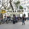 """Logo """"Schmuck no tiene ni idea de lo que es el servicio de transporte en la ciudad de Rosario""""."""